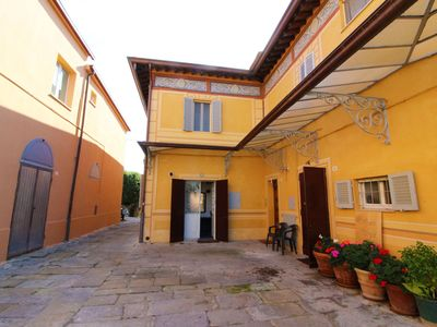 Photo for Apartment with beautiful views of Lake Trasimeno, located in a historic building in the center of Sa