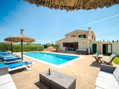Photo for Stunning private villa for 8 people with private pool, WIFI, hot tub, A/C, TV, balcony and parking