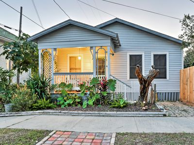 Photo for NEW! Cute Cottage in Galveston Historical District