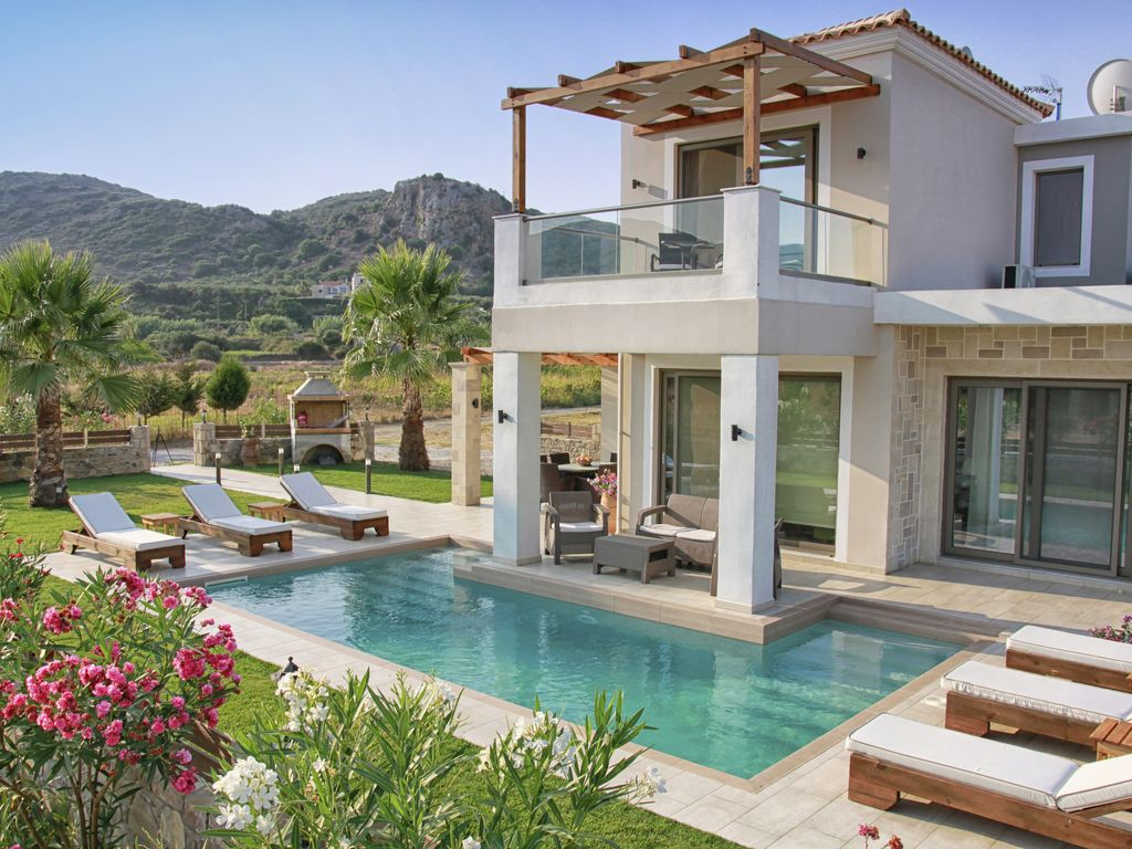 alexandros villa with private pool homeaway kissamos