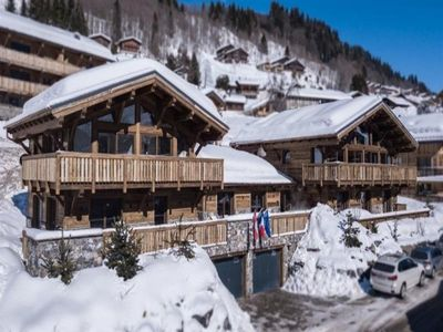 Photo for Chalet Les Gets, 7 bedrooms, 14 persons