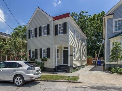 Photo for Historic Downtown Charleston, Steps to King Street, Renovated, 1 BR, Sleeps 2
