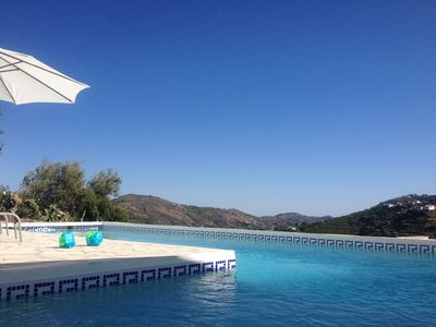 Photo for Casa Milvan Spacious Villa with private pool at 1500m to the center of Competa
