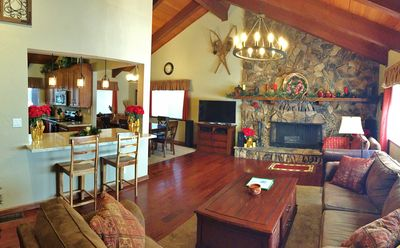 Photo for Beautiful mountain retreat with remodeled kitchen, close to Lake & Casinos