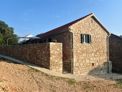 Photo for Mareta apartment with free wifi in a stone house