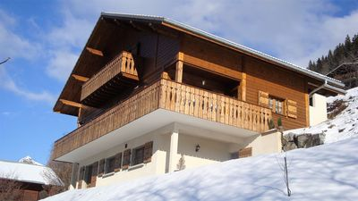 Photo for Lovely & spacious chalet 4****, 250 sqm, panoramic view, very sunny