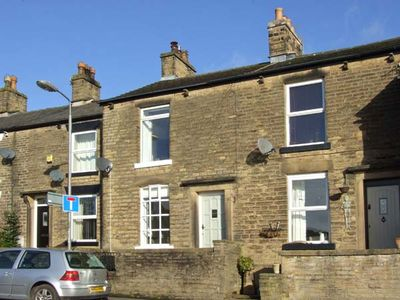 Photo for 3 GLOSSOP ROAD, pet friendly, with open fire in Hayfield, Ref 31040