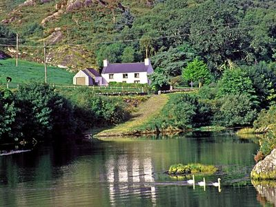 Photo for Glengarriff, Co. Cork. Sleeps 5