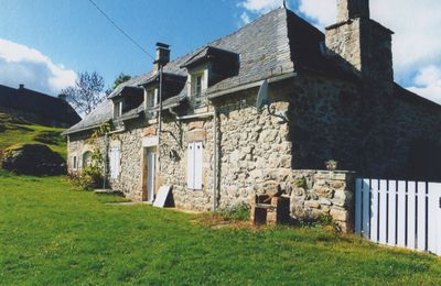 Photo for Country house offering tranquility Auvergne