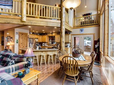 Photo for Welcoming and spacious cabin w/ community pool, hot tub, tennis, and sauna!