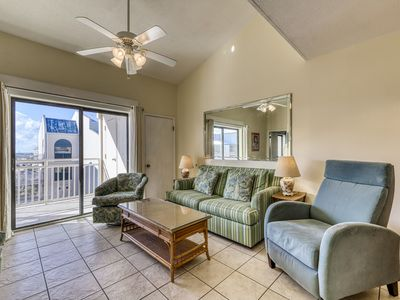 Photo for Condo located on the beach w/ Gulf views, outdoor pools, & snowbirds welcome!