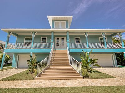 Photo for Southern Comfort, 4 BED/4 BATH/ POOL/BEACH ACCESS