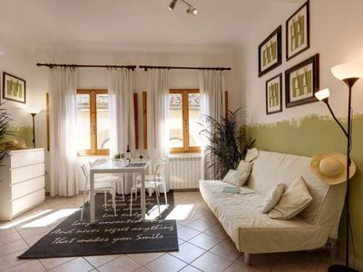 Photo for Typical Florentine apartment recently renovated, large and bright.