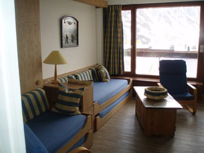 Photo for Apt TIGNES Lake 8 people, 2 pillows, at the foot of the slopes and lifts