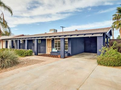 Photo for ★ Stunning Mid-Century Modern House in Central Phoenix