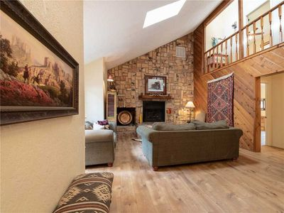 Photo for Lehr's Lair, 5 Bedrooms, WiFi, Fireplace, Gas Grill, Sleeps 14