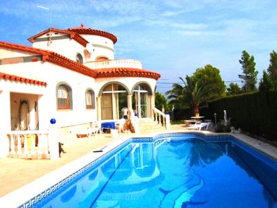 Photo for Saona Villas: private pool villa in Ametlla de Mar for 14 people 4km to the beach
