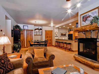 Beautiful condo with shared amenities including pools, hot tubs and ski shuttle