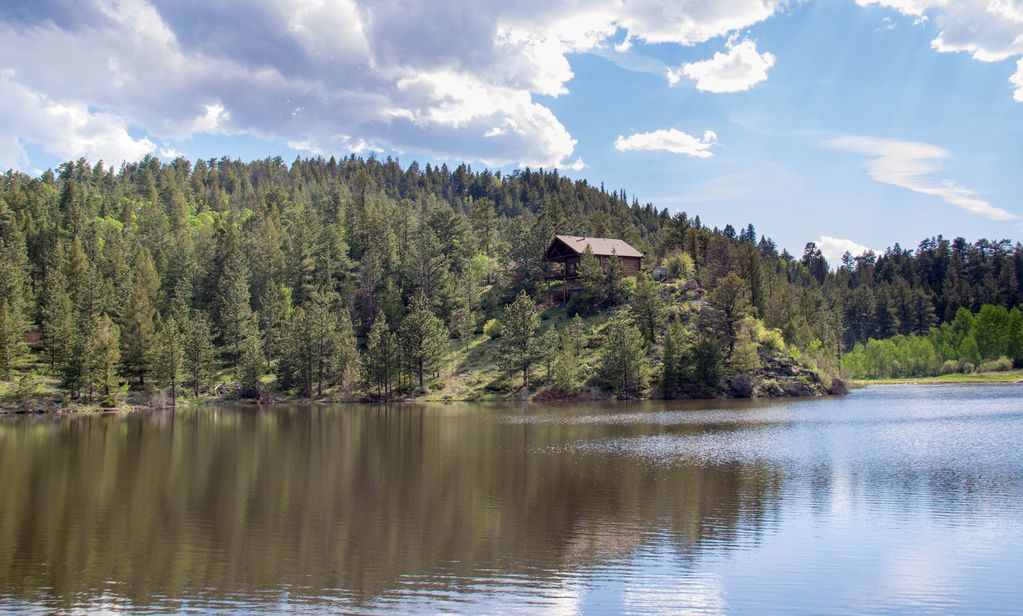 Rustic Dream Cabin On The Lake Crystal Lake
