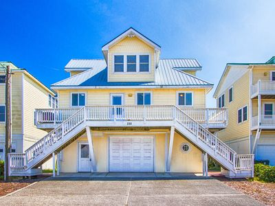 Photo for On the Beach With Charm and Luxury. Hot Tub on Deck Fab Master Suite!