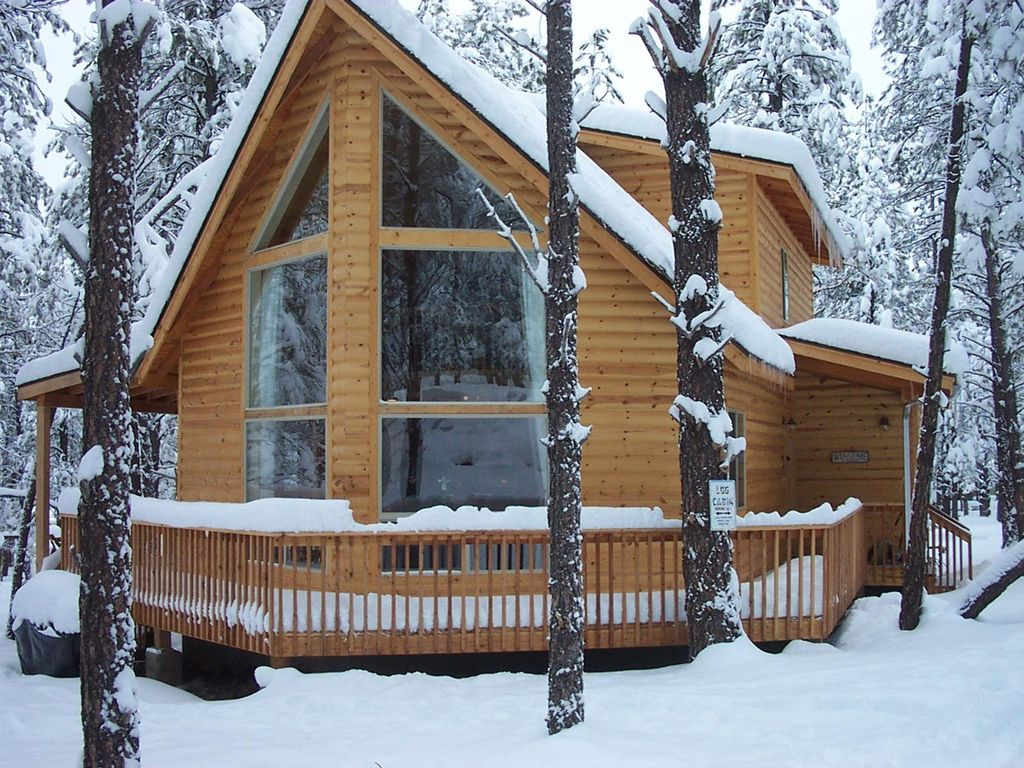 with friendly in for jacuzzi rent pet rentals az flagstaff cabins cabin rental