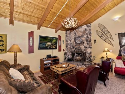 Photo for Highland House: WiFi and Bose Sound System! HD Cable TV! Hot Tub! Fenced Yard! Propane BBQ!