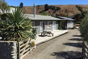 Hurunui River Lodge - tranquil coastal setting
