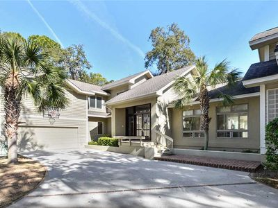 Stunning fourth row home in Palmetto Dunes!