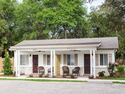 Photo for Remodeled Destin Cottage with Easy Access to Dining, Shopping, and Harbor!