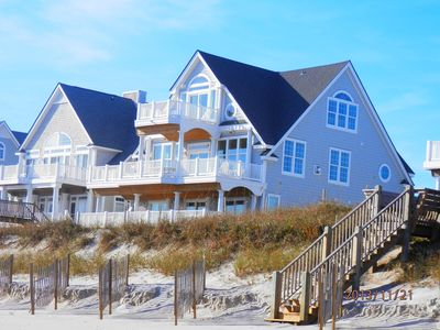 Photo for N. Topsail Family-Oriented Beachfront Home Within Walking Distance to Pool