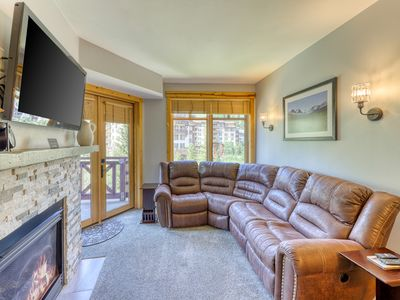 Photo for NEW LISTING! Resort condo w/ shared hot tub, gym, tennis, golf - walk to lifts!