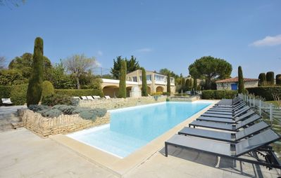Photo for Bastidon 2 Bedrooms with Pool - Au soleil de Gordes