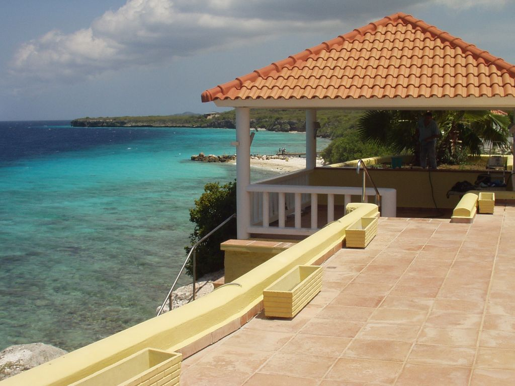 Ocean Front Villa Perfect For Large Families Or Groups