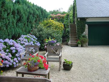 Character cottage, quiet, for 2 people. near Dinan