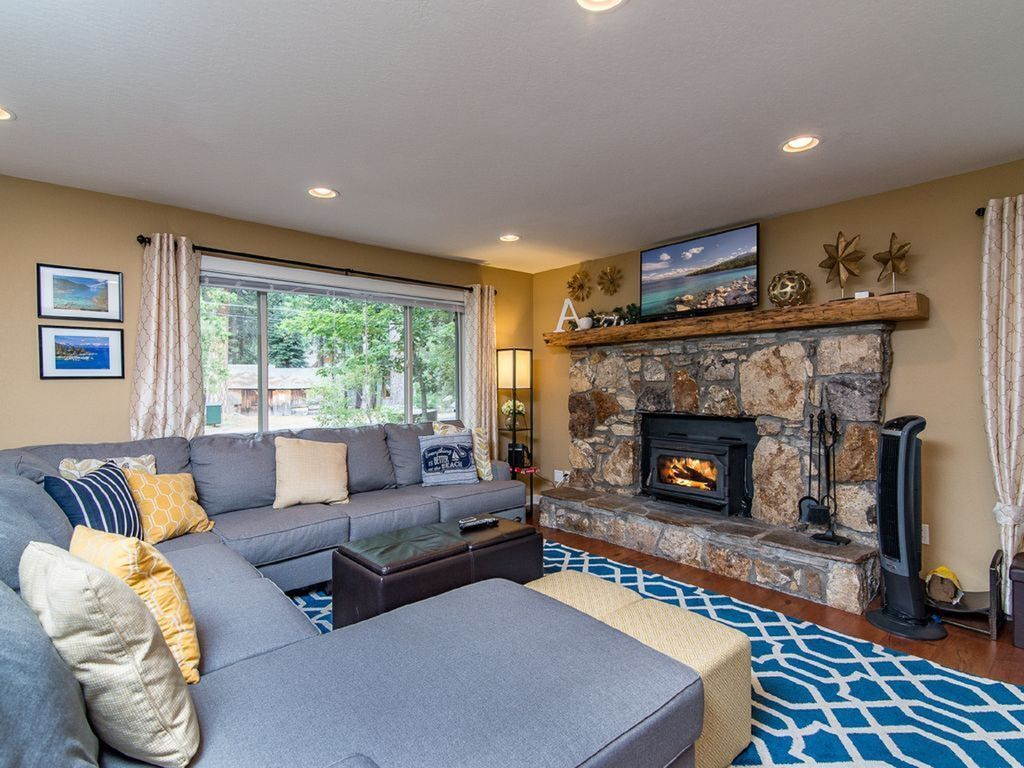 Cabin Style Home In The Pines   Minutes From Meeks Bay Resort U0026 Marina  PN:2144