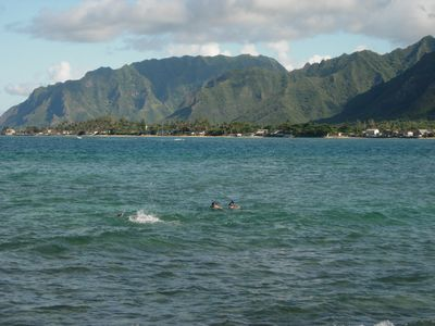 Hauula - an amphitheater of mountains and ocean