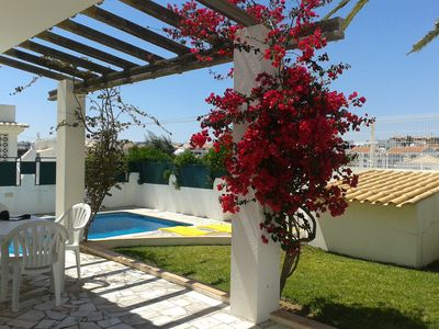 Photo for Perfect location in Albufeira! Only 10 minutes walk to beaches and center
