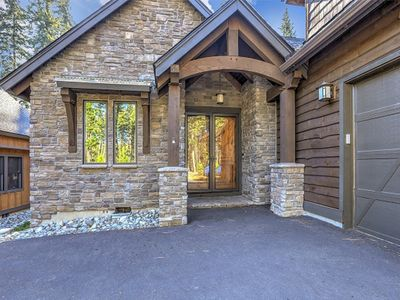 Photo for Amazing custom built home on the Prospector Golf Course with Full Resort Access