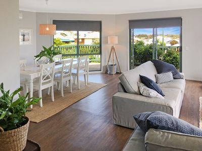 Photo for Pet Friendly - Short Stroll To Town and Beach -  Free WIFI - All Linen Supplied