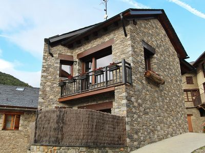 Photo for Cottage with private outside space in Espot, Aigüestortes National Park