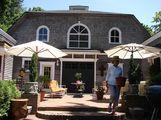 Historic Carriage House Apartment Summer Rental