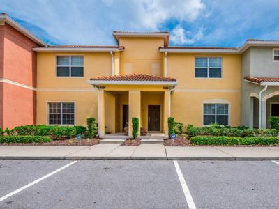 Photo for Beautiful Townhome with Private Pool, Close to Disney, Orlando Townhome 2827