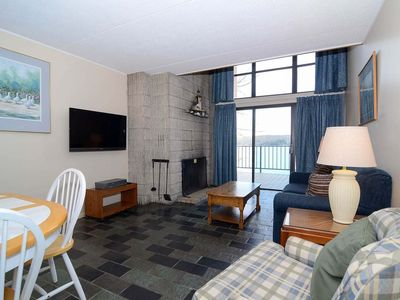 304C- Lakefront condo w/ one bedroom, has a fireplace & balcony!