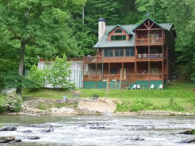 Riverstone Lodge, one of two Lodges on North Geogia Mountain River, Ellijay, Ga.