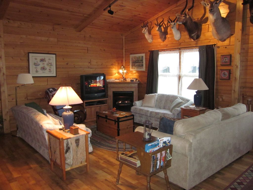 newer lake george guest cabin u0027the haven a vrbo