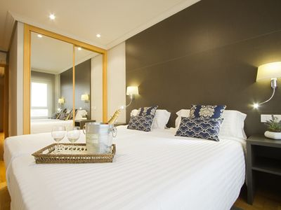 Photo for ONE BEDROOM SUITE WITH CITY VIEWS, 121D 5D