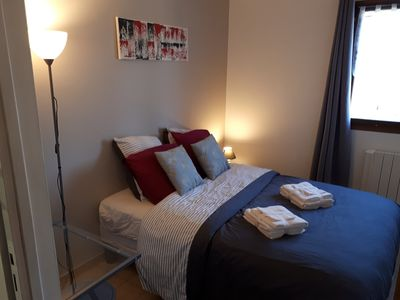 Photo for single room, en-suite bathroom in villa, Valbonne