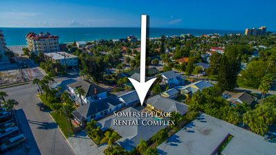 Somerset Beach Rental Sleeps 28. Less than a min walk to the beach