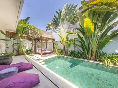 Photo for House 894 m from the center of Kuta with Internet, Pool, Air conditioning, Parking (1015281)