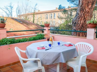 Photo for Apartment La Tramontane in Saint-Tropez - 2 persons, 1 bedrooms